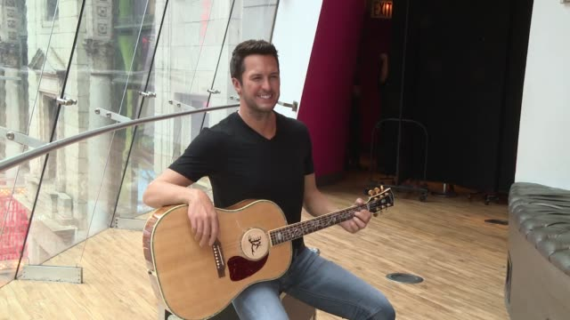 luke bryan wax figure at madame tussauds nashville unveils luke bryan figure in times square at madame tussauds on march 01 2017 in new york city - madame tussauds stock videos & royalty-free footage