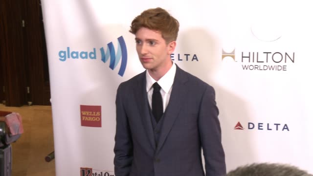 stockvideo's en b-roll-footage met luke newberry at the 25th annual glaad media awards at the beverly hilton hotel on april 12 2014 in beverly hills california - beverly hilton hotel