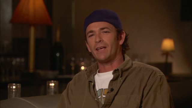 luke perry talks about 'beverly hills 90210' going on for too long - durability stock videos & royalty-free footage