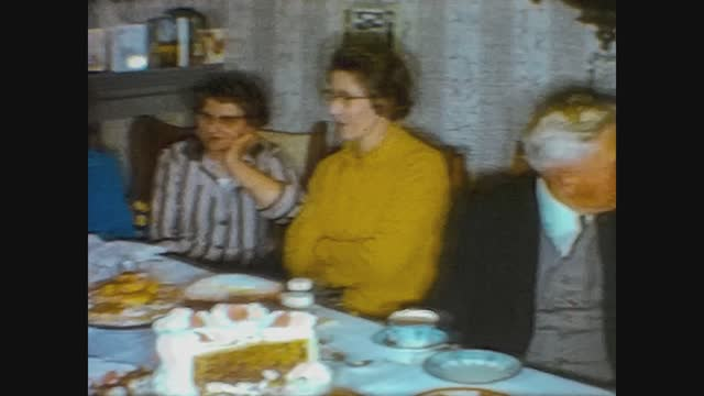 lunch at home in family, 4k digitized footage - grainy stock videos & royalty-free footage