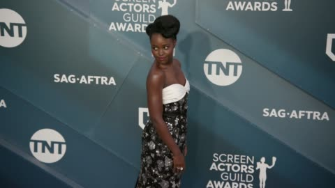 lupita nyong'o at the 26th annual screen actorsguild awards - arrivals at the shrine auditorium on january 19, 2020 in los angeles, california. - screen actors guild stock videos & royalty-free footage