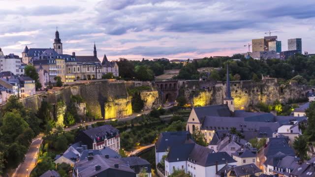 vidéos et rushes de luxembourg au coucher du soleil, time-lapse - grand duché du luxembourg