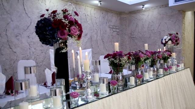 Luxuriöse dekorierten Tisch