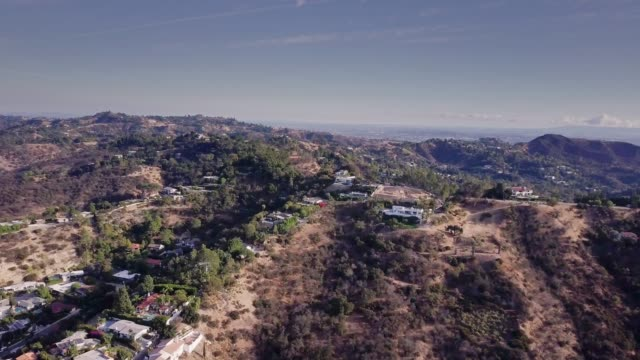 luxurious homes along mulholland drive - canyon stock videos and b-roll footage