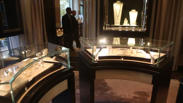 luxury jewelry on display at americana manhasset in manhasset new york on october 21 close ups of diamond necklaces on dispplay wide shot of luxury... - precious gemstone stock videos & royalty-free footage