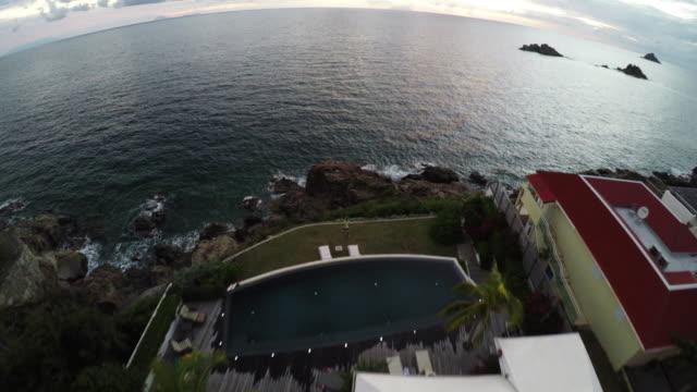 4K Luxury real estate aerial.
