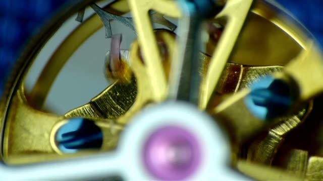 luxury watch - zeitmessinstrument stock-videos und b-roll-filmmaterial