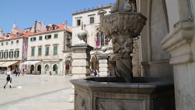 luza square, the small onofrio's fountain from 1438, dubrovnik - male likeness stock videos & royalty-free footage