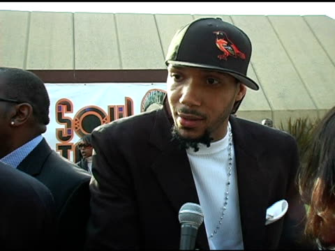 Lyfe Jennings on being nominated and presenting and being at the Awards at the 20th Annual Soul Train Music Awards at Pasadena Civic Auditorium in...