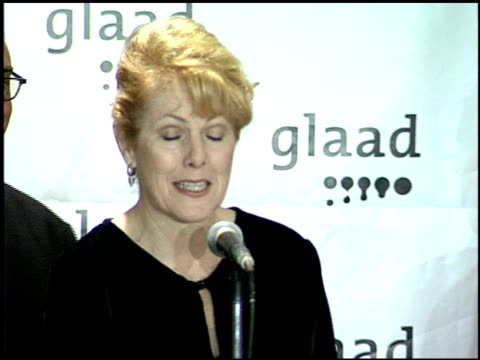vidéos et rushes de lynn redgrave at the glaad awards 99 at century plaza in century city, california on april 17, 1999. - century plaza