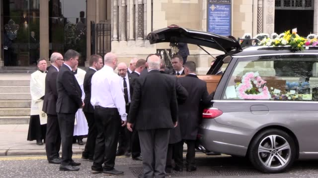 stockvideo's en b-roll-footage met lyra mckee's funeral cortege arrived outside st anne's cathedral after passing belfast's nearby kremlin bar a gay nightclub where a number of people... - optocht