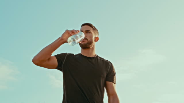 i'm feeling thirsty after that run - drinking water stock videos & royalty-free footage