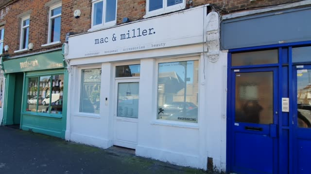 mac and miller is closed during the coronavirus pandemic on march 23 2020 in east dulwich london england - brian dayle coronavirus stock videos & royalty-free footage