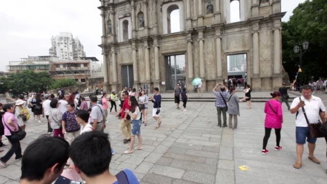 macau , china; september 24, 2016; arguably macau's most famous landmark, the ruins of st. paul's is an astounding stone façade. the complex of st.... - ruins of st. paul's macao stock videos & royalty-free footage