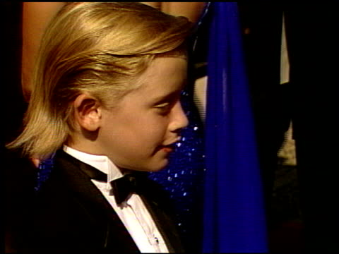 macaulay culkin at the 1991 emmy awards arrivals at the pasadena civic auditorium in pasadena california on august 25 1991 - emmy awards stock videos & royalty-free footage