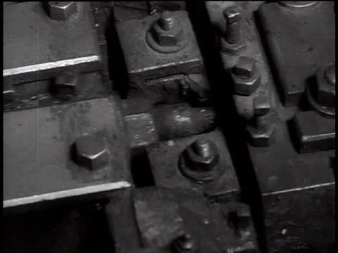 stockvideo's en b-roll-footage met 1938 ha machine operating, forming steel / oakland, california, united states - tandrad