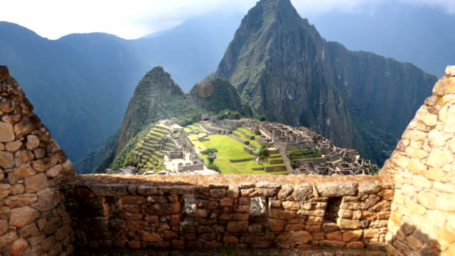 stockvideo's en b-roll-footage met machu picchu 4k - famous place