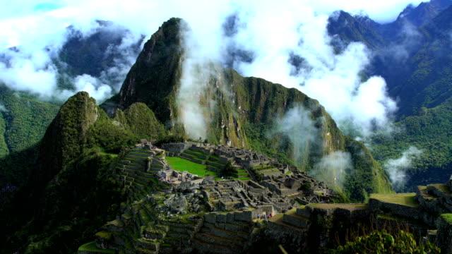 machu picchu ancient andes peruvian rainforest south america - machu picchu stock videos & royalty-free footage