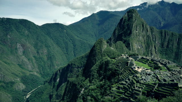 machu picchu  - ultra high definition television stock-videos und b-roll-filmmaterial