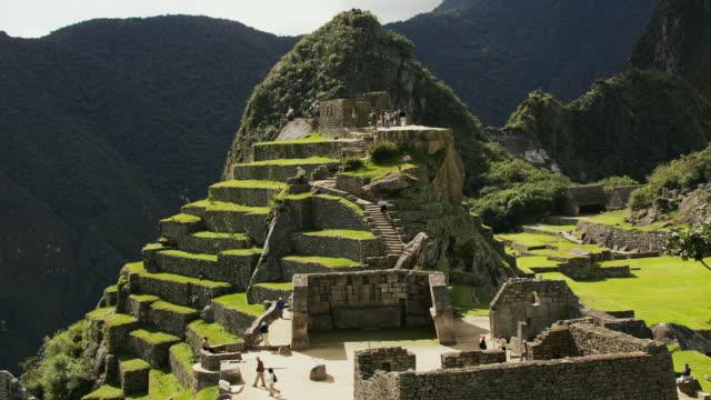 T/L, MS, HA, Machu Pinch, Urubamba, Peru