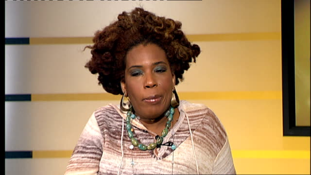 macy gray interview; macy gray interview sot - really excited , haven't played london in a long time - original name is natalie renee macintyre - メイシー グレイ点の映像素材/bロール