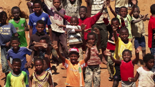 madagascar : children in ilakaka - relief carving stock videos & royalty-free footage