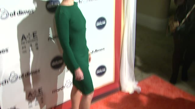 stockvideo's en b-roll-footage met madchen amick at march of dimes celebration of babies luncheon honoring jennifer lopez in los angeles ca on 12/06/13 - jennifer lopez