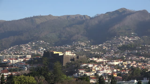 vidéos et rushes de madeira funchal with strong fortress - forteresse
