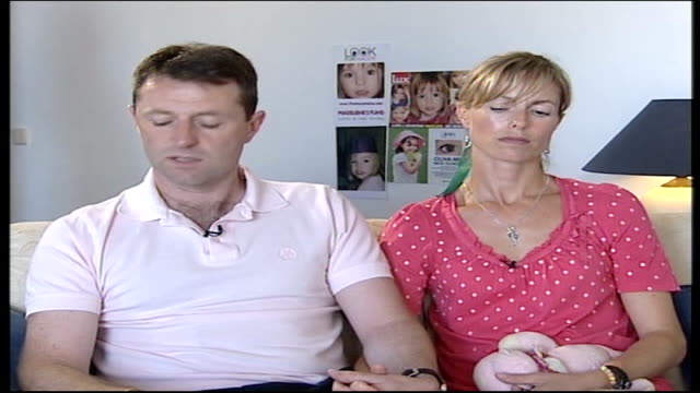 madeleine mccann abduction: parents interview; gerry mccann interview continued sot - / we believe a member of public holds information to unlock... - マデリン・マクカーン失踪事件点の映像素材/bロール