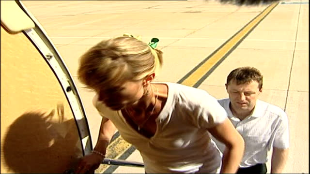 madeleine mccann abduction: parents travel to visit pope / new mobile phone footage released; faro: gerry and kate mccann boarding private jet int... - kate mccann stock-videos und b-roll-filmmaterial
