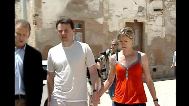 police criticised Praia Da Luz Gerry McCann and Kate McCann along to church