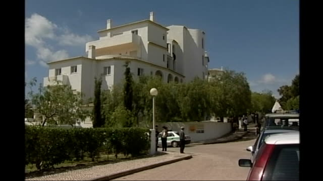 parents asked to return to Portugal for reconstruction PORTUGAL Algarve Praia da Luz Holiday apartment