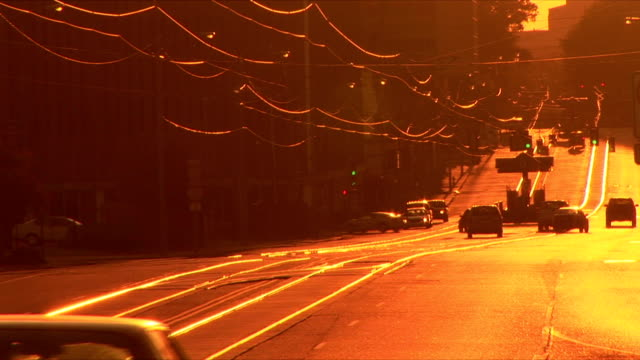 ws madison avenue, memphis, tennessee, usa - memphis tennessee stock videos and b-roll footage