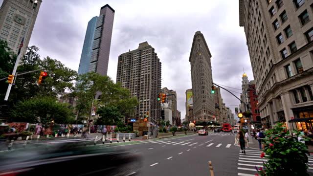 stockvideo's en b-roll-footage met madison square. flatiron building. 2018 - brede straat
