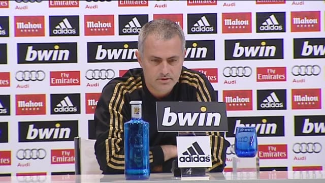 madrid 01 may real madrid head coach jose mourinho expressed confidence during a press conference before the team heads to bilbao to take on athletic... - ジョゼ・モウリーニョ点の映像素材/bロール
