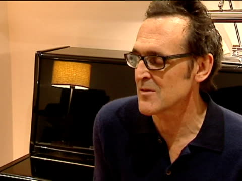 vidéos et rushes de madrid, 25 jan .- spanish composer alberto iglesias is a step closer to winning an oscar after he was nominated for best original score for his work... - nomination