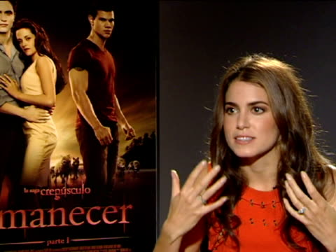 madrid, 28 oct .- actors nikk reed and jackson rathbone, who play rosalie and jasper hale in the 'twilight' saga, talked about 'break dawn part 1' in... - twilight stock videos & royalty-free footage