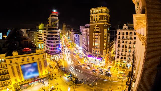 マドリードの都市グランビア イン タイムラプス スペイン - マドリード グランヴィア通り点の映像素材/bロール