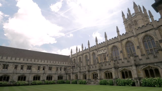 vidéos et rushes de magdalen college,oxford,pan, - oxford angleterre