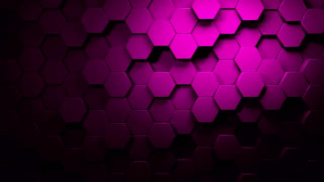 stockvideo's en b-roll-footage met magenta mooie zeshoeken op het oppervlak morphing in naadloze 4k abstract motion design achtergrond 3d-animatie voor de concepten van technologie, communicatie, transitions, party-sociale evenementen, viering evenementen, financiën, data, web en mobiele - magenta