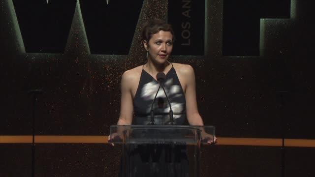 stockvideo's en b-roll-footage met speech maggie gyllenhaal at 2014 women in film crystal lucy awards presented by max mara bmw perrierjouet and south coast plaza at the hyatt regency... - century plaza