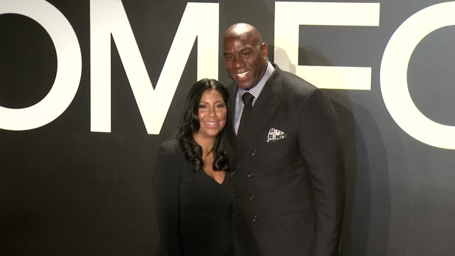 stockvideo's en b-roll-footage met magic johnson at tom ford presents his autumn/winter 2015 womenswear collection at milk studios on february 20 2015 in los angeles california - dameskleding