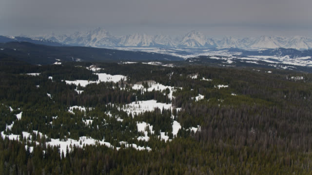 magnificent scenery in wyoming in winter - aerial view - grand teton stock videos & royalty-free footage
