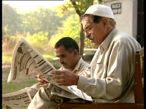 maha kumbh mela 2001 gujarat earthquake including aerials 2001 *avoid presenter and contributors* - グジャラート州点の映像素材/bロール