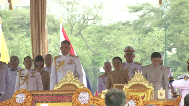maha vajiralongkorn bodindradebayavarangkun the new king of thailand and queen suthida precide over the annual royal plowing ceremony in bangkok - king of thailand stock videos and b-roll footage
