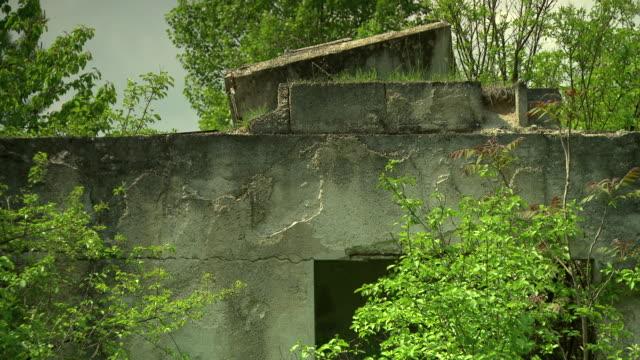 mahnmal wöllersdorf - ruins near the austrian war memorial in wöllersdorf 04 - traditionally austrian stock videos & royalty-free footage