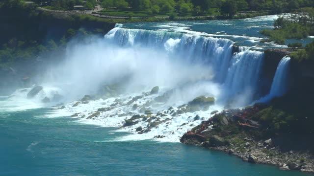 vídeos y material grabado en eventos de stock de maid of the mist cascadas, las cataratas del niágara - cataratas del niágara