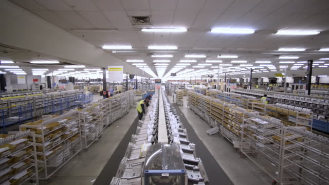 WS TD Mail sorting room / Clovelly, New South Wales, Australia