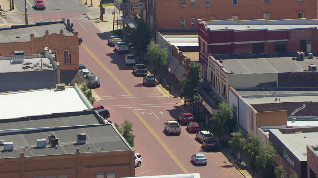 ws aerial main street historic district / nacogdoches, texas, united states - テキサス州点の映像素材/bロール