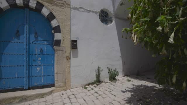 Main Street, Tunis, old doorway